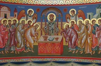 насолоджуючись святими Тайнами